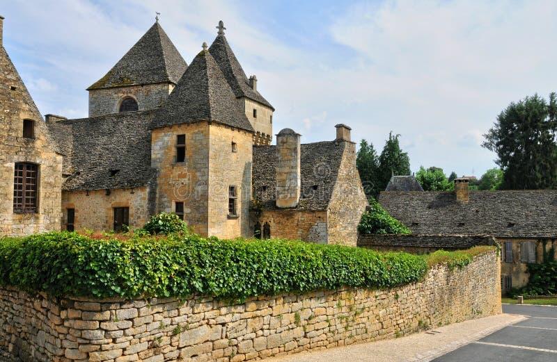 Francja, malownicza wioska Świątobliwi Genies w Dordogne obraz stock