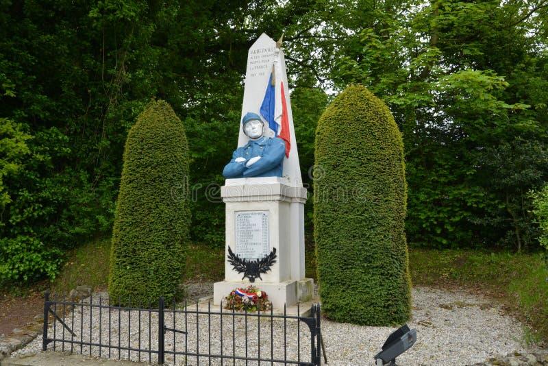 Francja, malowniczy wojenny pomnik Auberville w Calvados obrazy royalty free