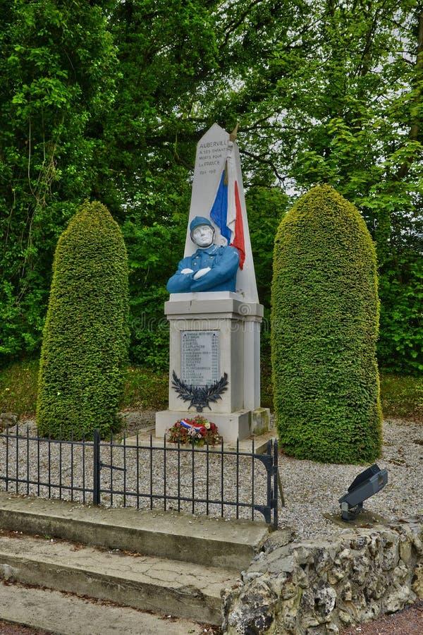 Francja, malowniczy wojenny pomnik Auberville w Calvados obrazy stock