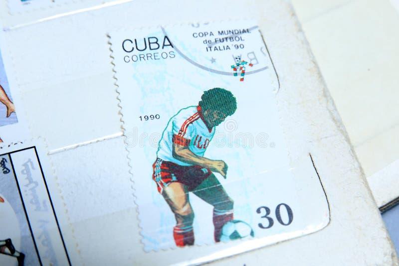 Francobolli, coppa del Mondo di calcio in Italia 1990 fotografie stock libere da diritti
