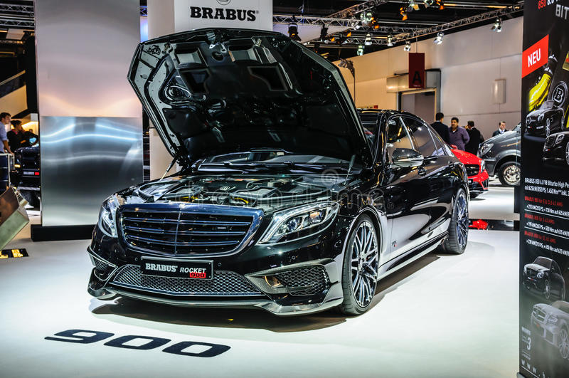 FRANCOFORTE - SEPT 2015: Brabus Mercedes-Maybach Rocket 900 presen imagem de stock