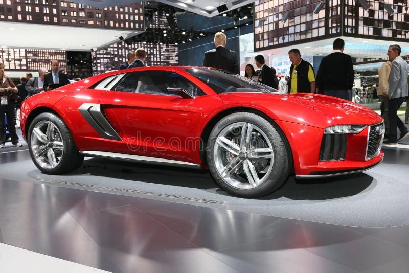 FRANCOFORTE - SEPT 10: Conceito do quattro do nanuk de Audi mostrado no 65t fotografia de stock