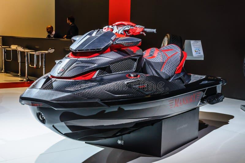 FRANCOFORTE - SEPT 2015: O preto Marlin Jet Ski de Mansory apresentou a imagem de stock royalty free