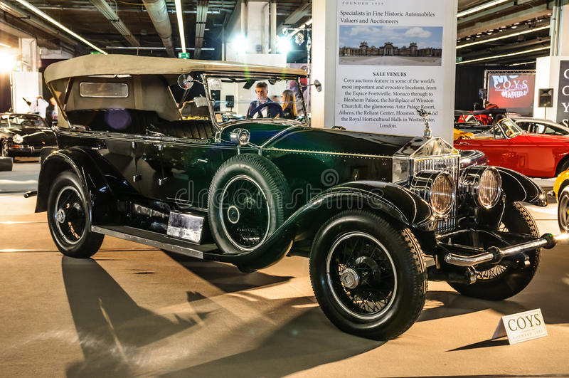 FRANCOFORTE - SEPT 2015: Rolls Royce Silver Ghost apresentada em IAA foto de stock royalty free