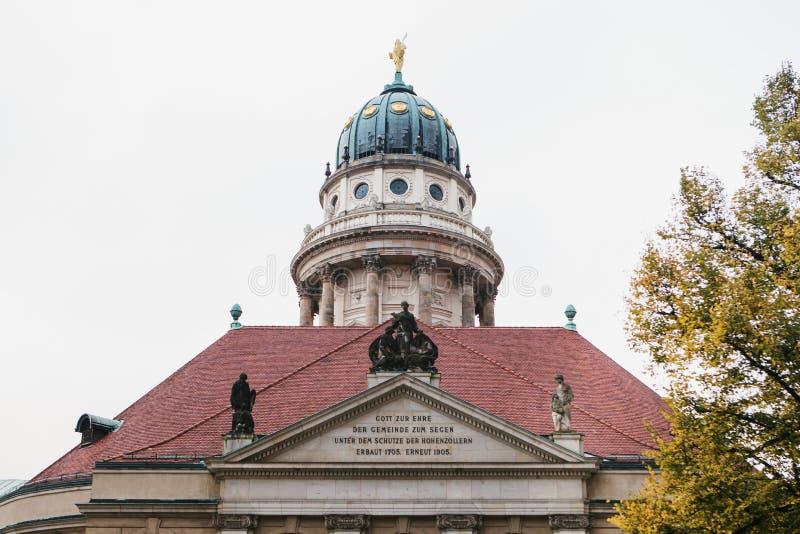 Francuscy katedry lub Franzoesischer Dom w Berlin, Niemcy Ewangelicki i Luterański kościół zdjęcia stock