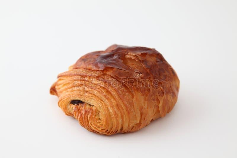 Francuski chleb, czekoladowy croissant na białym tle fotografia royalty free