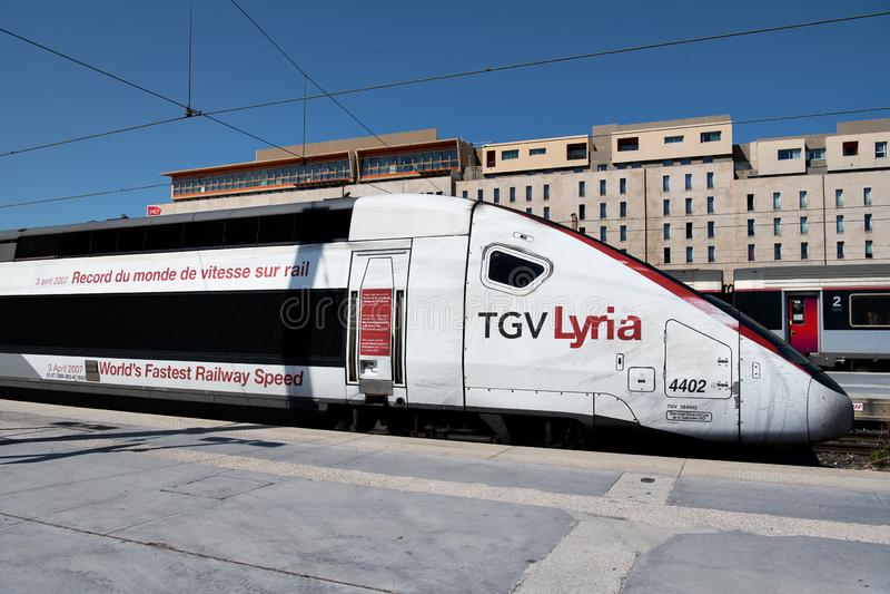 Francuski Intercity Wysoki prędkość pociąg, TGV (Taborowy à Grande Vitesse) zdjęcie stock