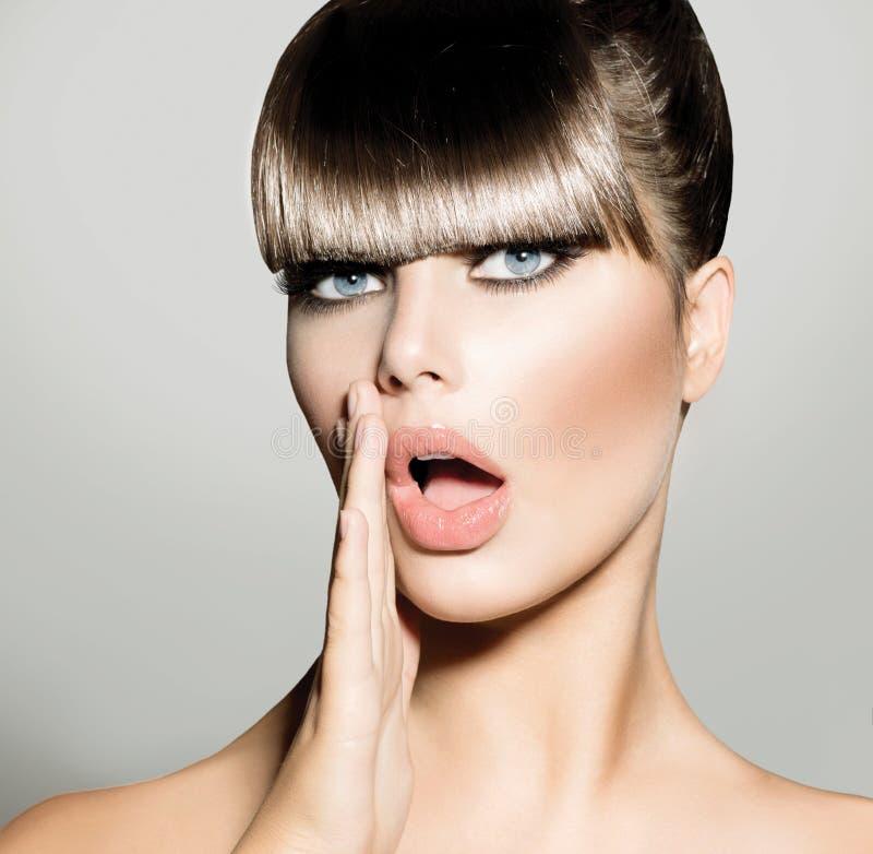 Frangia. Modello di moda Girl immagine stock libera da diritti