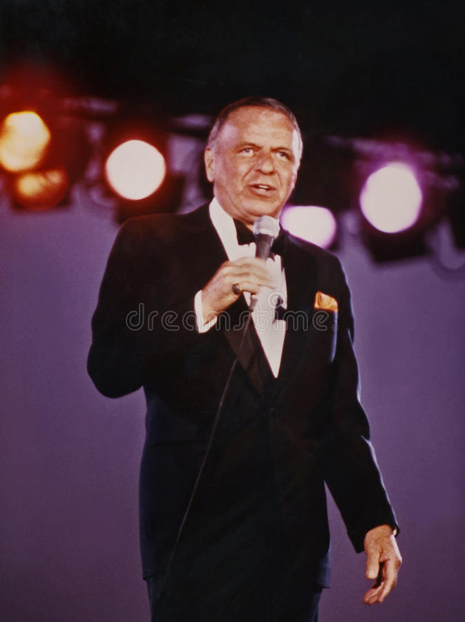 Free Frank Sinatra At 1982 ChicagoFest Concert  Stock Images - 51116964