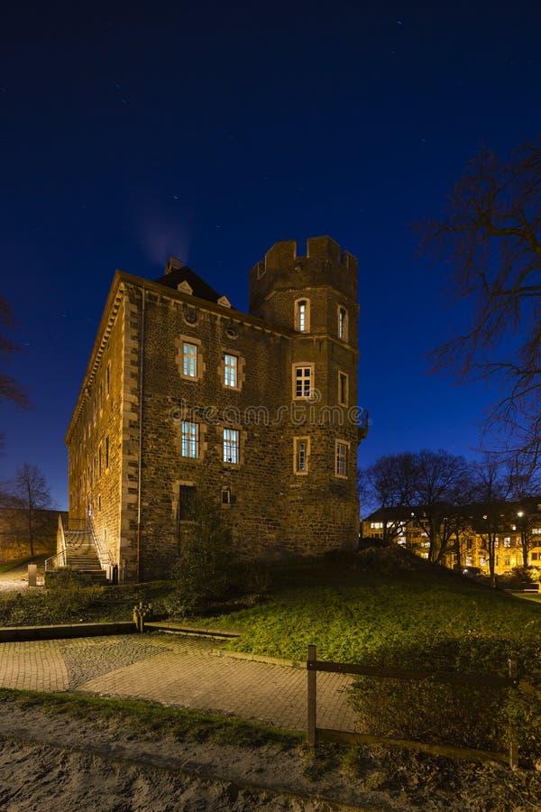 Frankenberg-Schloss nachts, Aachen lizenzfreies stockfoto