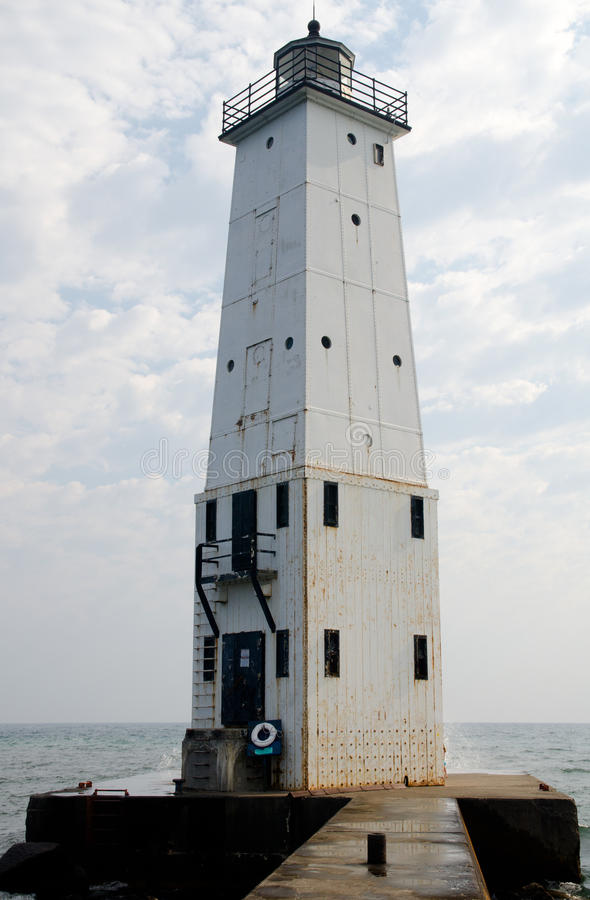 Frankfort falochronu Północna latarnia morska, Michigan obraz royalty free