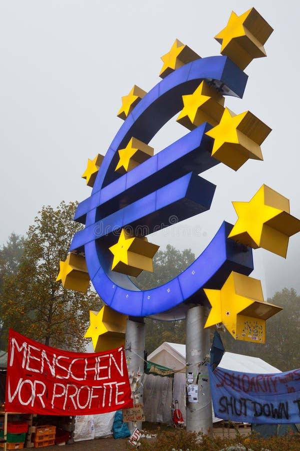 frankfurt занимает протесты стоковая фотография