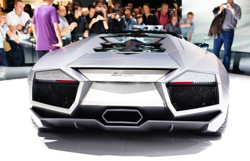 FRANKFURT - 15. SEPTEMBER: Eins von Zwanzig Lamborghini Reve stockbilder