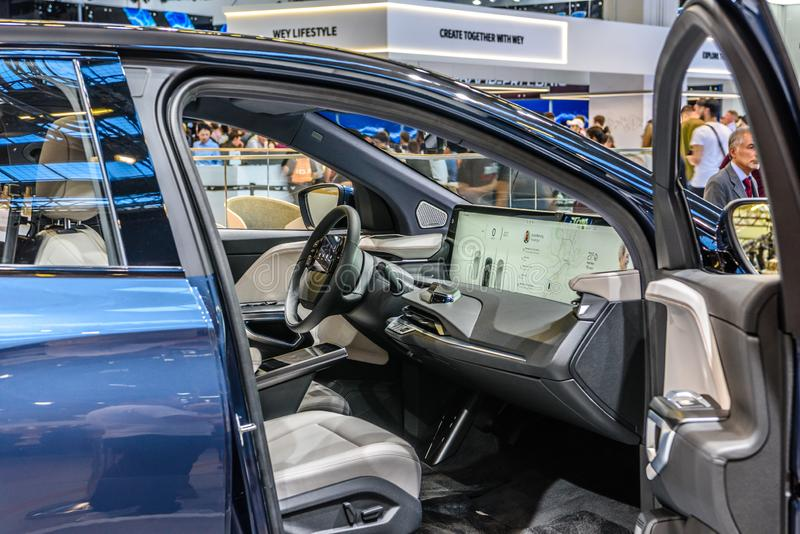 FRANKFURT, DUITSLAND - SEPT 2019: Blue BYTON M-BYTE chinese SUV-auto, IAA International Motor Show Auto Exhibbtion royalty-vrije stock foto's