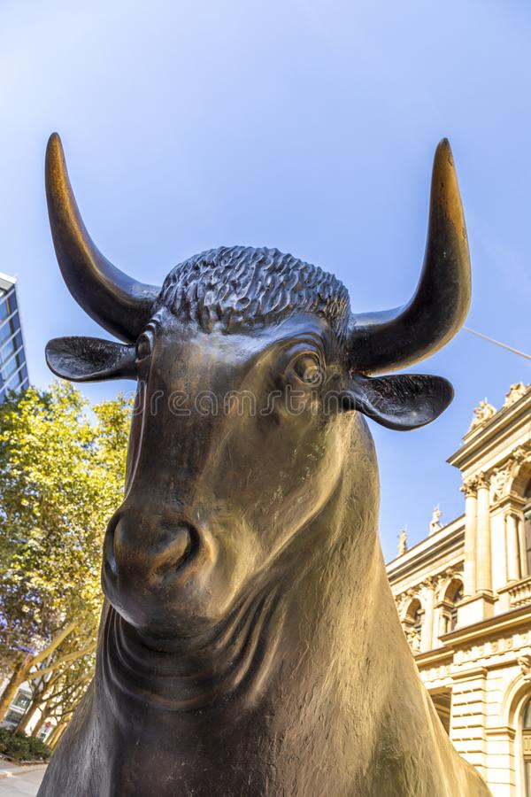Bear and Bull sculpture in front of Frankfurt Stock Exchange building. The stock exchange donated the sculptures in 1985 to city. FRANKFURT, GERMANY - SEP 16 royalty free stock images
