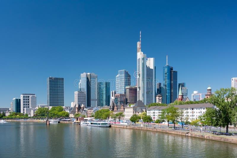 Frankfurt-am-Main, Deutschland Vew der Wolkenkratzer im Stadtzentrum lizenzfreies stockfoto