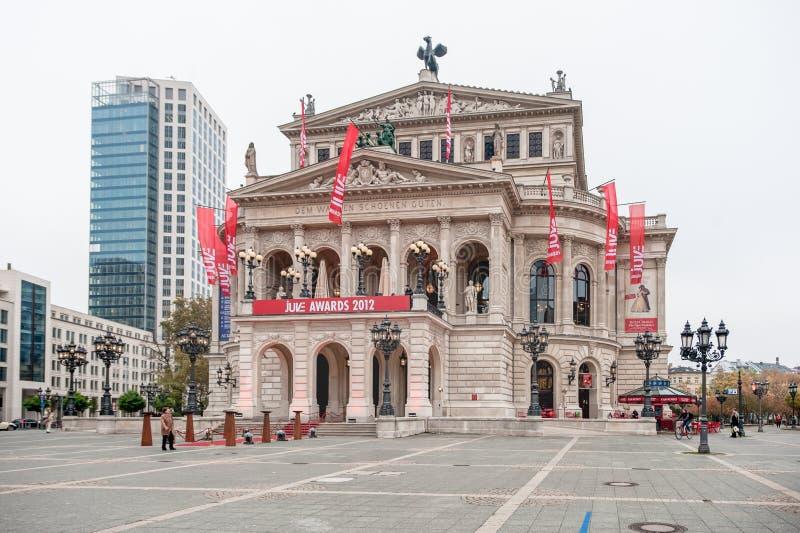 FRANKFURT-AM-MAIN, DUITSLAND - OKTOBER 25, 2012: Huis van de de Stadsopera van Frankfurt-am-Main het Oude Alte Oper stock foto's