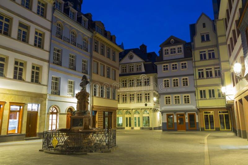 Frankfurt-am-Main historisch stadscentrum Nieuwe oude stad bij nacht royalty-vrije stock foto's