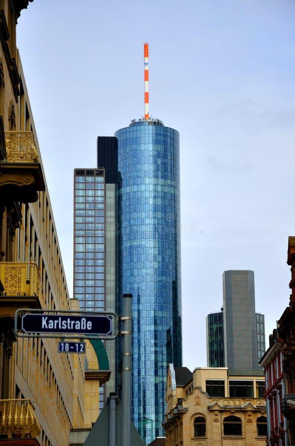frankfurt maintower drapacz chmur obrazy stock