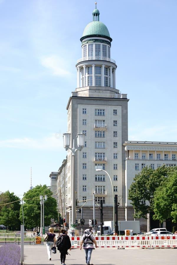 Frankfurt port Berlin royaltyfri bild
