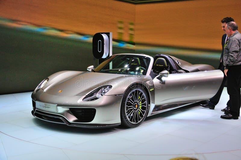 FRANKFURT - SEPT 14: Porsche 918 Spyder przedstawiający jako światowy premi zdjęcie royalty free