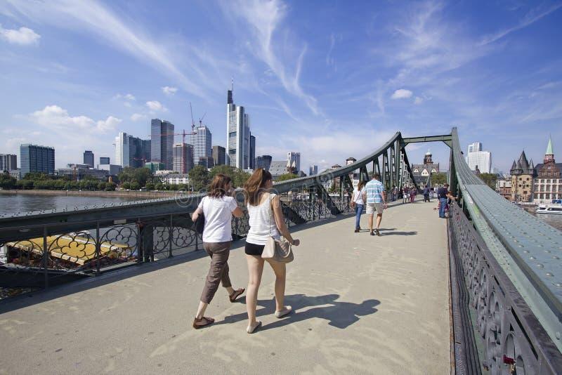 Download Frankfurt spång redaktionell bild. Bild av stads, oklarheter - 37348151