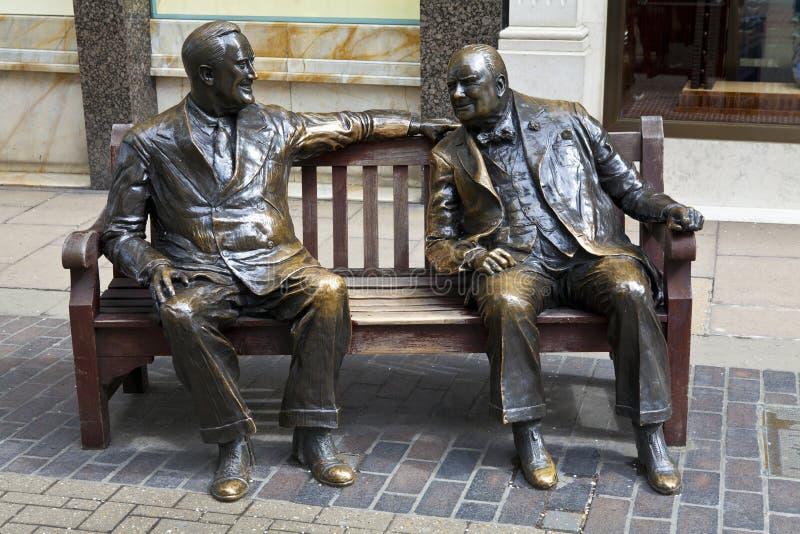 Franklin D. Roosevelt & Winston Churchill statua ja zdjęcia stock