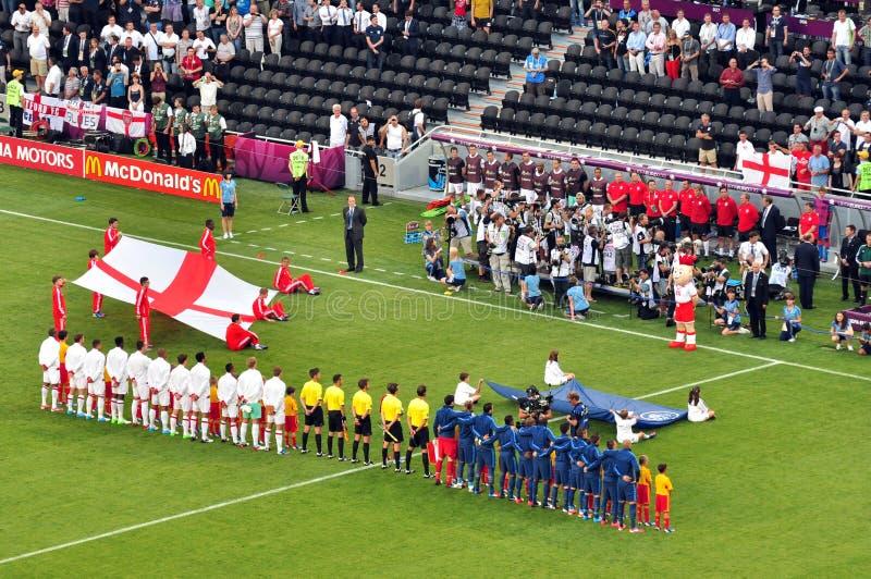 Frankrijk en de de voetbalteams van Engeland stock foto's
