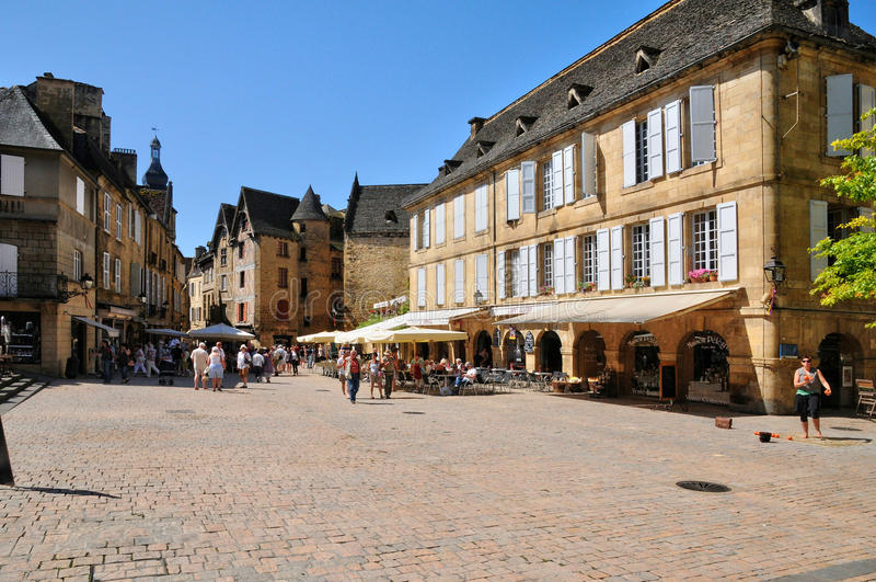 Frankrijk, schilderachtige stad van Sarlat-La Caneda in Dordogne stock foto