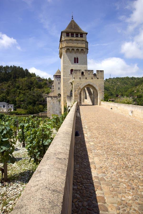 Frankrike lott, historiska Pont Valentre stärkte bron i Cahors royaltyfri bild
