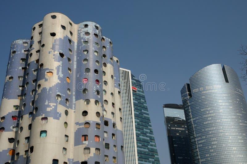 Frankrike modern byggnad i det Pablo Picasso området av Nanterr royaltyfri fotografi