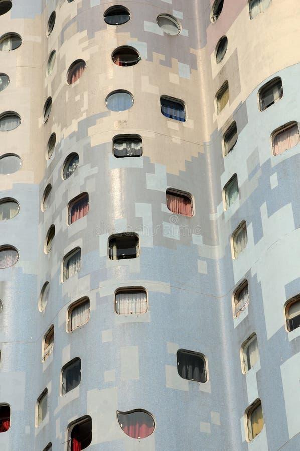Frankrike modern byggnad i det Pablo Picasso området av Nanterr royaltyfria foton