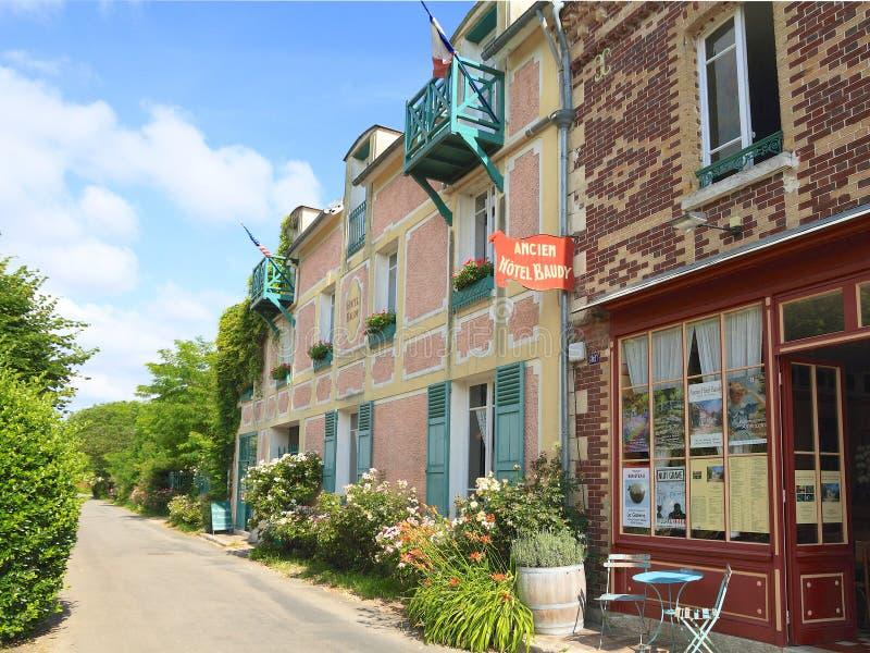 Frankrike Normandie: Gammal hotell och restaurang i Giverny royaltyfri bild