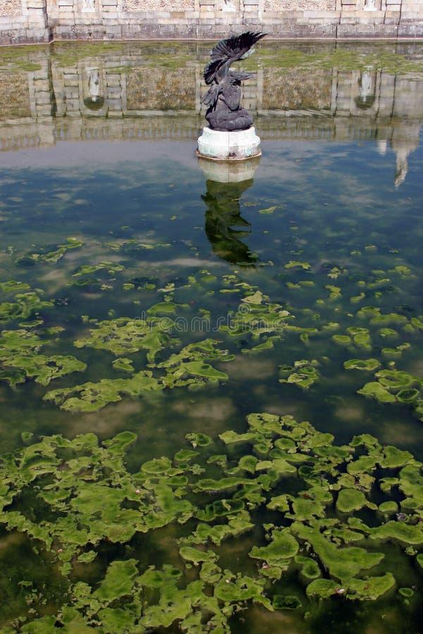 Frankrike parkerar av den Fontainebleau slotten arkivfoton