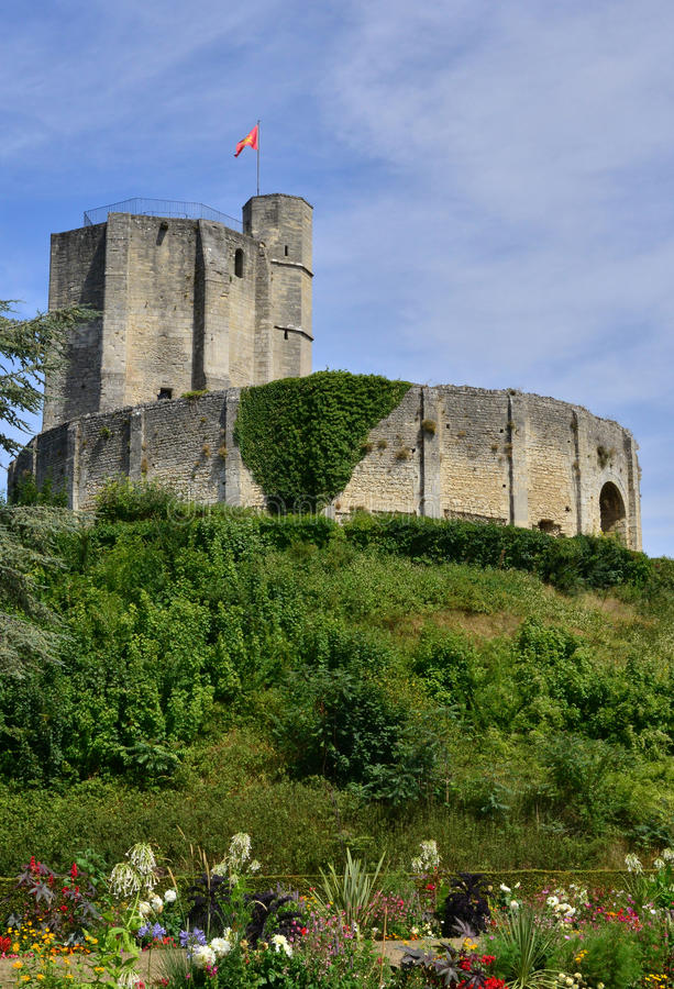 Frankrike pittoresk slott av Gisors i Normandie arkivbilder