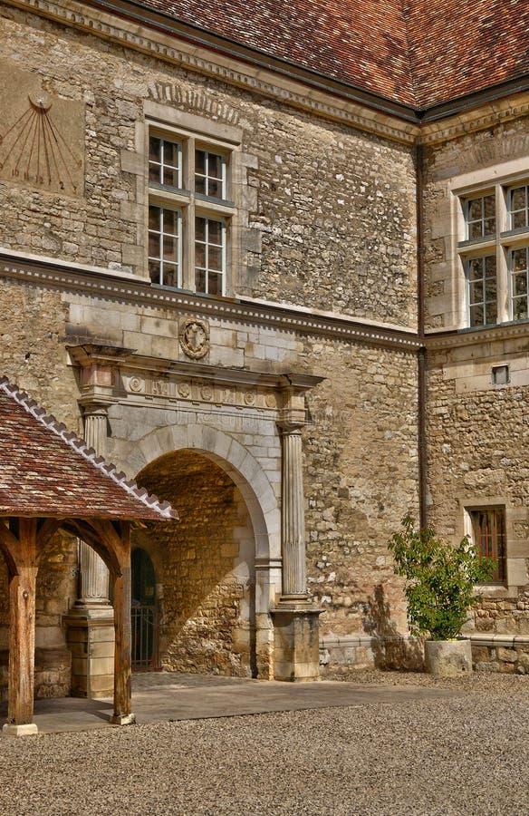 Frankrike pittoresk slott av Le Clos de Vougeot i Bourgogn royaltyfria foton