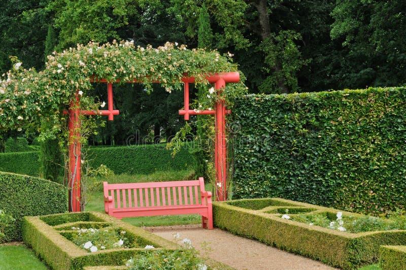 Frankrike pittoreska Jardins du Manoir D Eyrignac i Dordogne arkivfoton