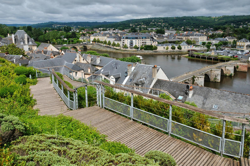 Frankrike stad av Terrasson Lavilledieu i Dordogne arkivbild