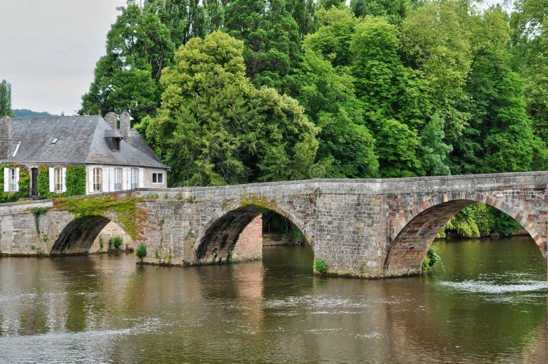 Frankrike stad av Terrasson Lavilledieu i Dordogne royaltyfri bild