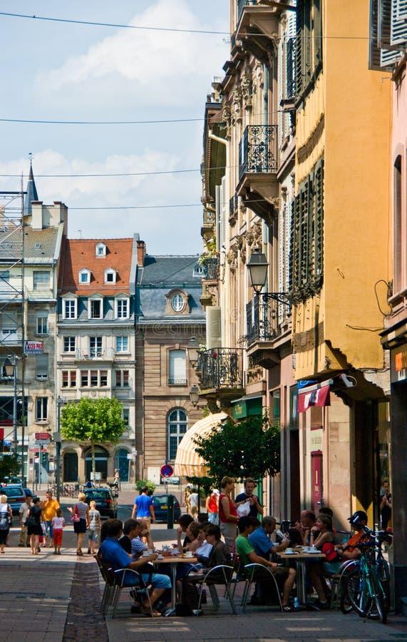 Frankrike Strasborg stads- arkitektur i sommar royaltyfria bilder