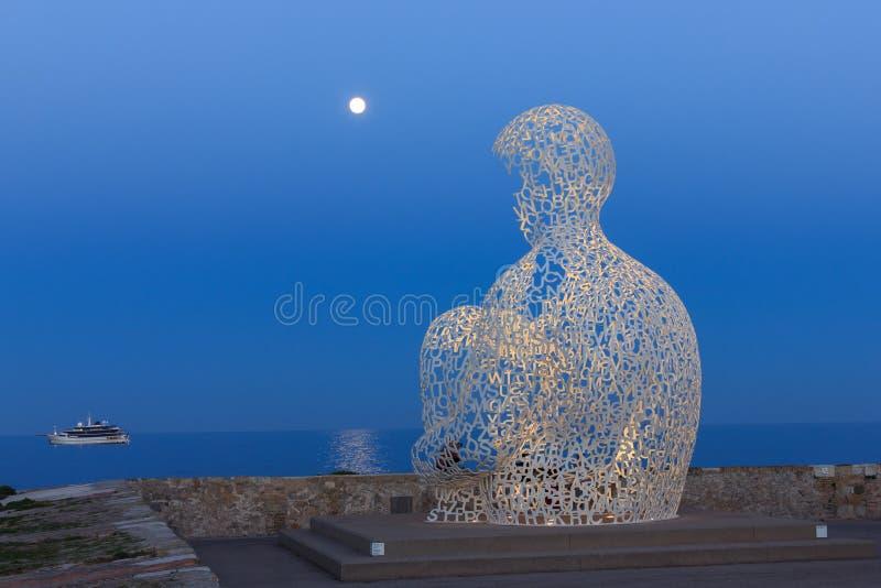 Frans kunstwerk bij de kust stock foto's