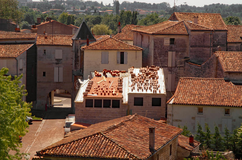 Franse dakbovenkanten - vernieuwingen stock fotografie
