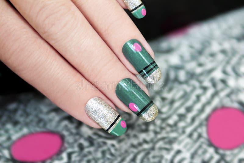 Franse groene manicure stock afbeelding