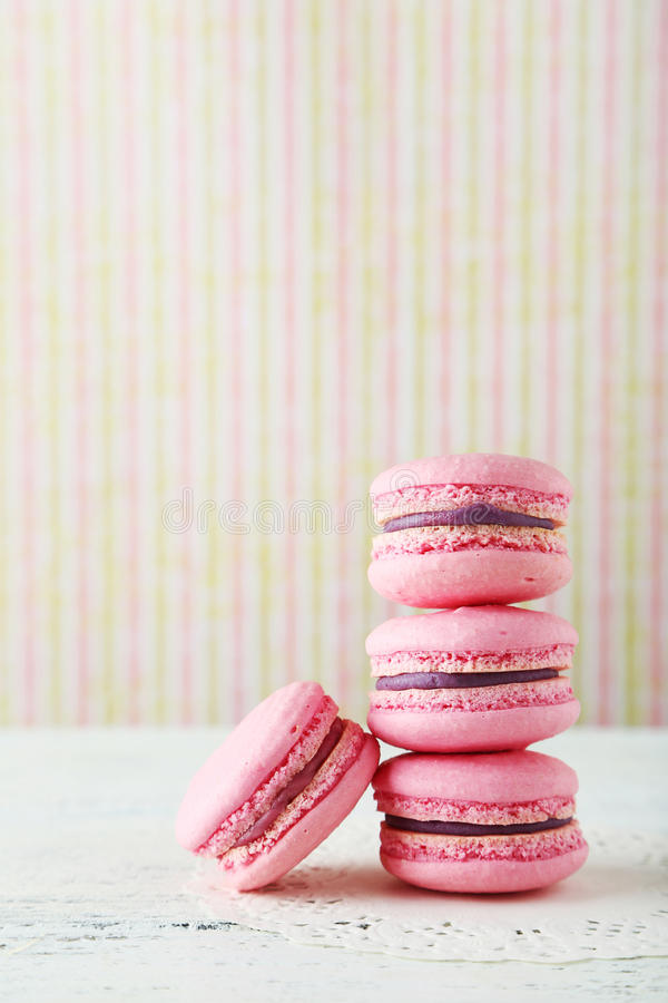 Franse roze macarons royalty-vrije stock foto's