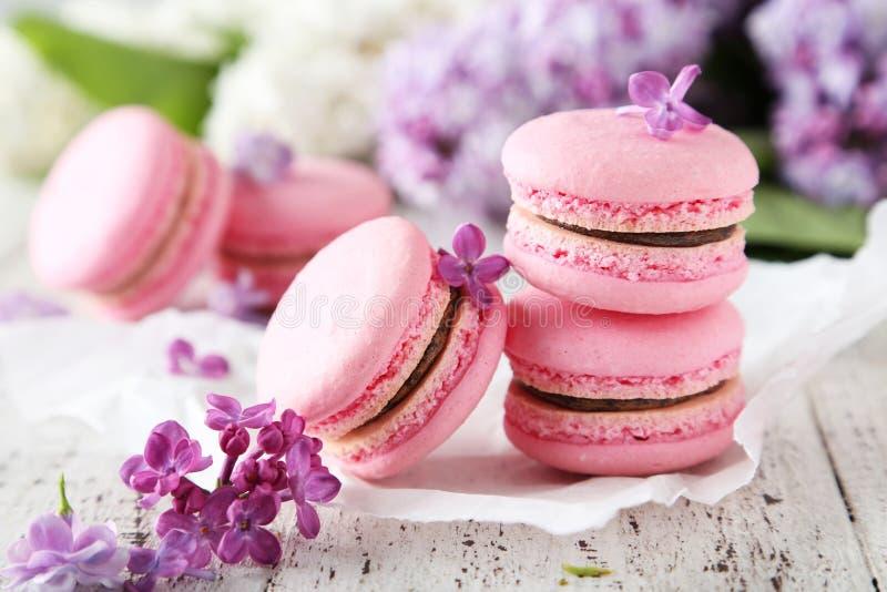 Franse roze macarons royalty-vrije stock afbeelding