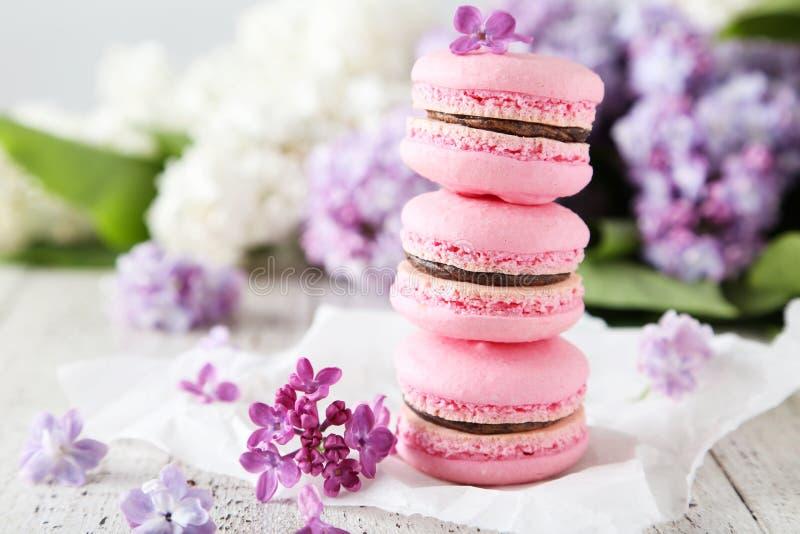 Franse roze macarons stock fotografie