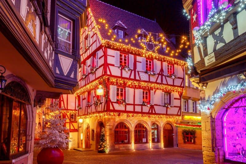 Franse stad Colmar op Kerstavond royalty-vrije stock afbeeldingen