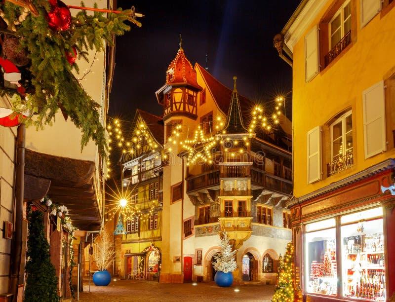 Franse stad Colmar op Kerstavond royalty-vrije stock afbeelding