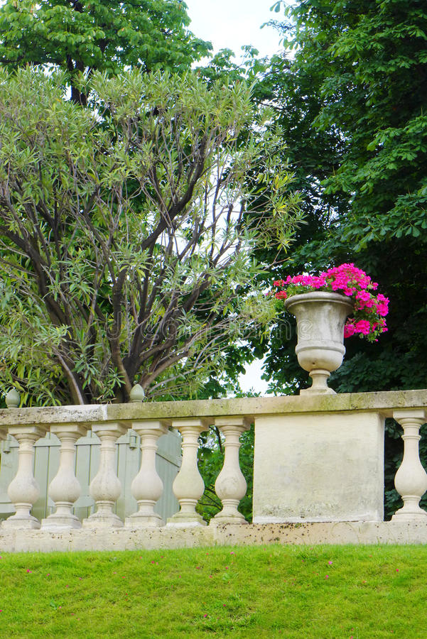 Franse stijltuin, Jardin du Luxemburg stock fotografie