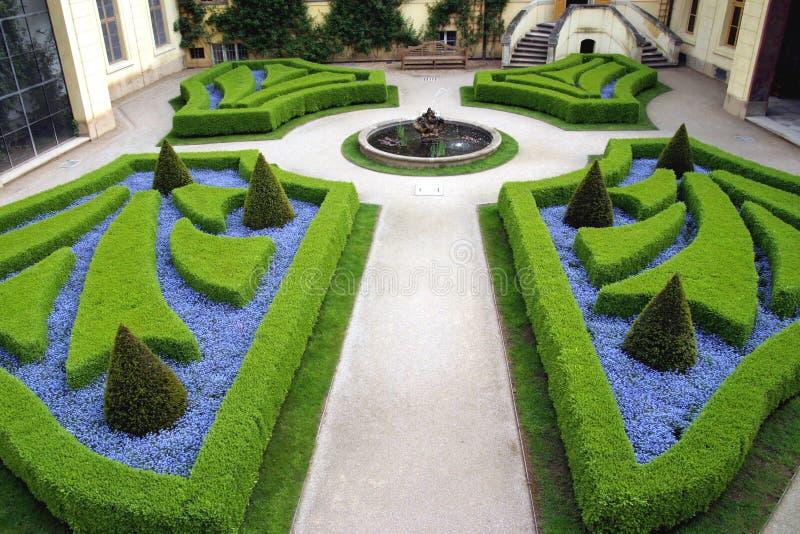Franse tuinen in Praag stock afbeeldingen